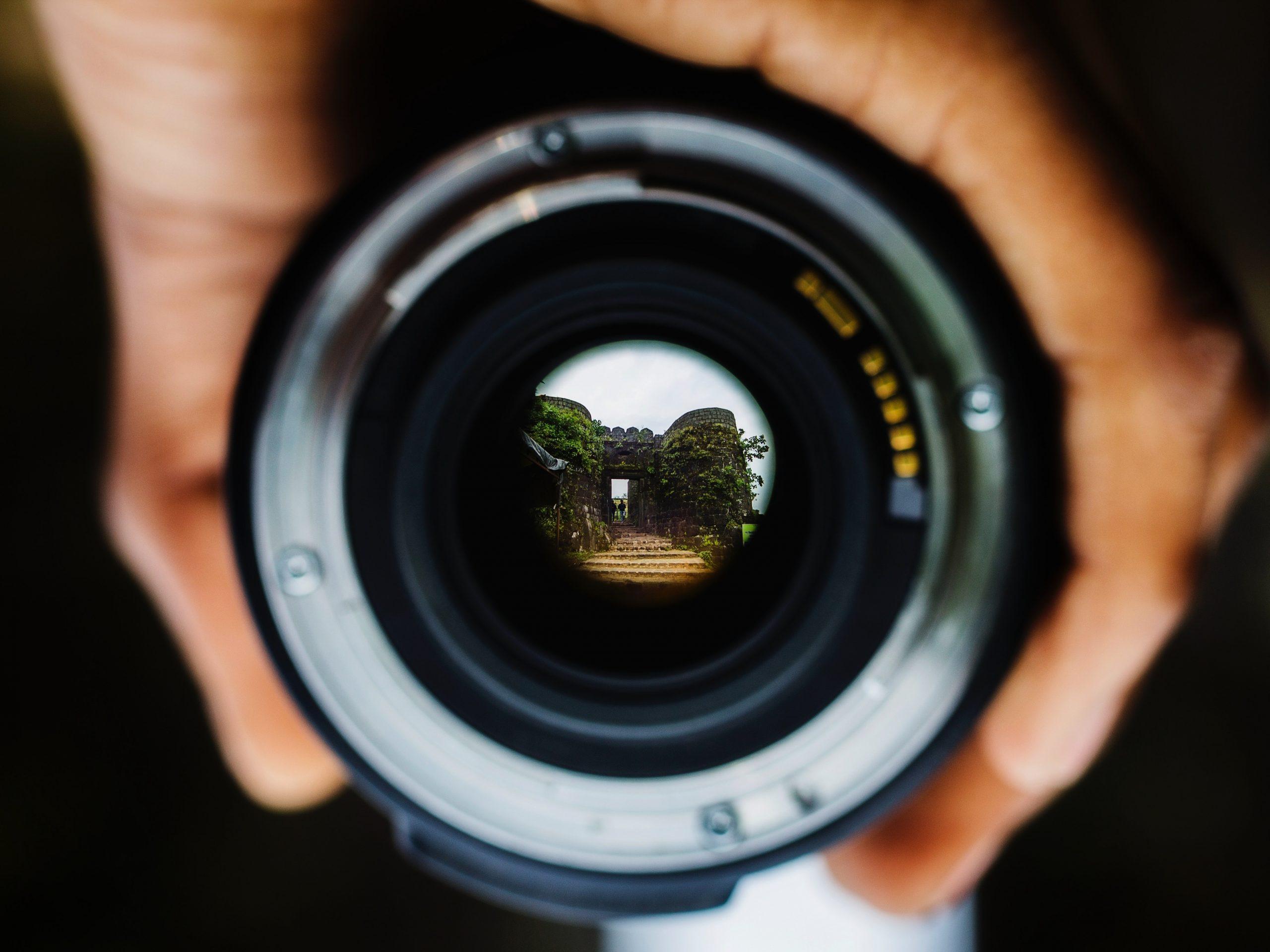 Hvordan adskiller erhvervsfoto sig fra andre typer af fotografi?