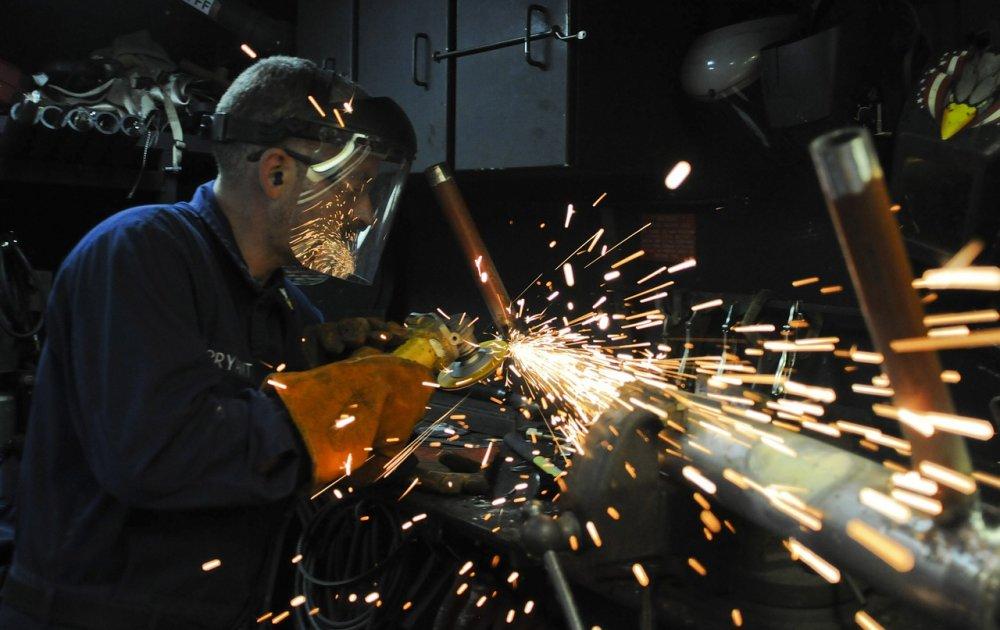 Hvilke opgaver udfører et maskinværksted?