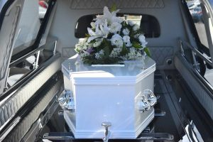 Få hjælp til at arrangere begravelse eller bisættelse hos den lokale bedemand