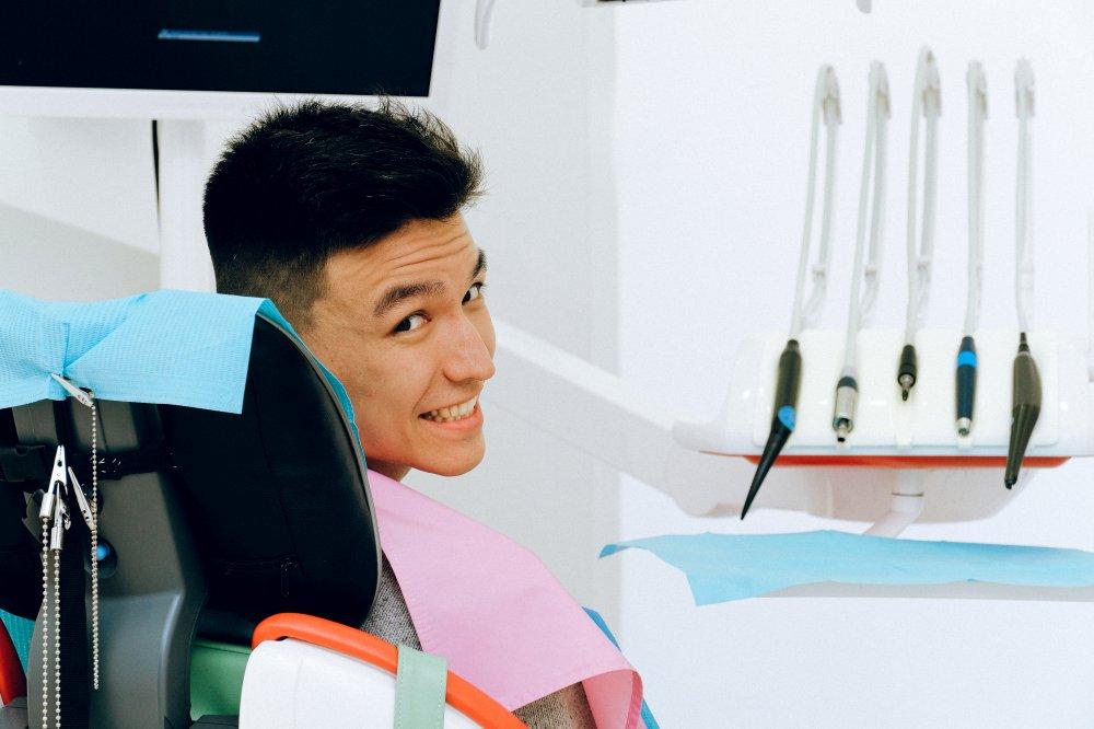 Tandimplantater i Holbæk: Find den rette tandlæge